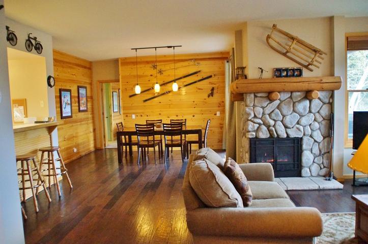 #307- Beautiful Mountain Home for Family Fun -