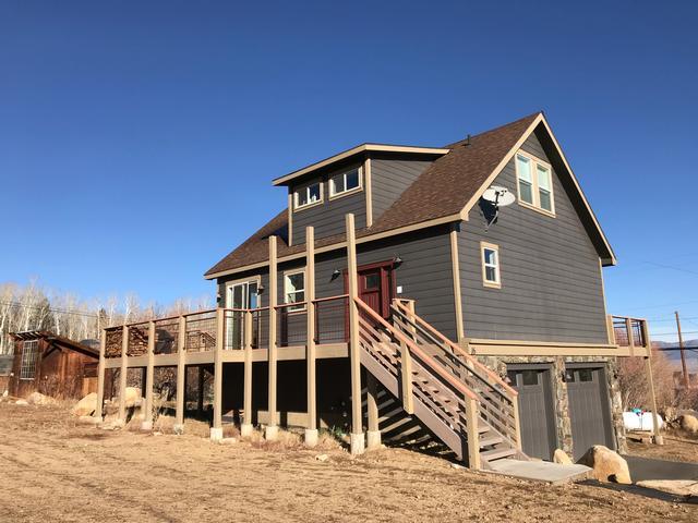 #397 - Crowley Lake Home with Killer Views! -